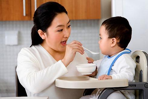 Trẻ bị tiêu chảy   Nên ăn gì?